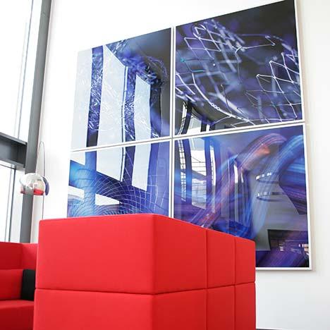 In aussergwöhlichen Form, Gestaltung und Größe realisieren wir im PLATTENDRUCK, Plattendirektdruck, Direktdruck auf Acrylglas besondere Erlebnisse für Ihre Kunden